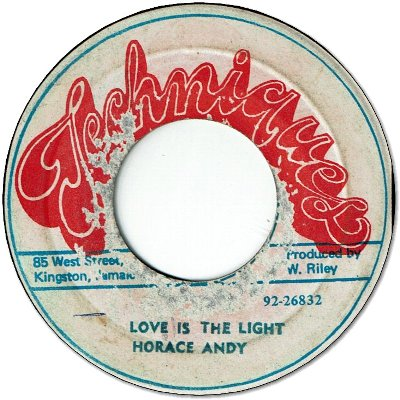 LOVE IS THE LIGHT (VG) / VERSION (VG)