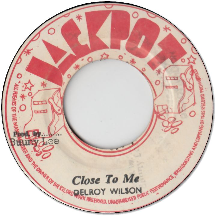 CLOSE TO ME (VG+) / VERSION (VG+)